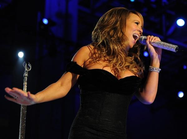 Qué significa soñar con famosos - Significado de soñar con famosos cantantes