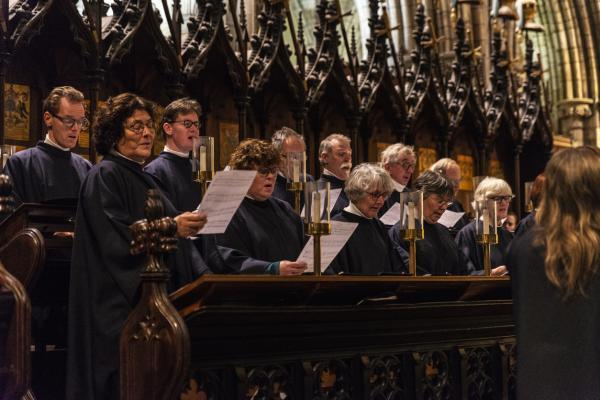 Qué significa soñar con una iglesia - Qué significa soñar con una iglesia llena de gente
